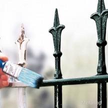 Peindre avec peinture fer m tal acier ou portail for Peindre fer forge