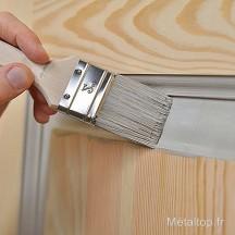peindre une fen tre en bois avec la peinture porte. Black Bedroom Furniture Sets. Home Design Ideas
