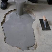 reboucher un trou sur un sol ciment m taltop peinture. Black Bedroom Furniture Sets. Home Design Ideas